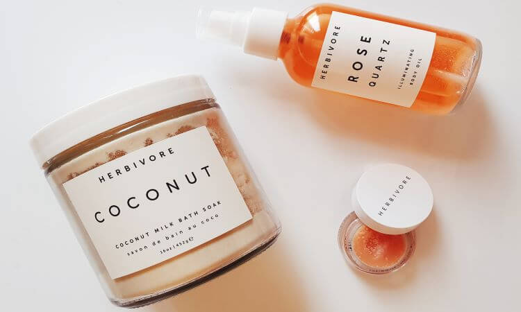 Reviewing Herbivore's Coconut Milk Bath Soak, Rose Quartz Illuminating Body OIl and Coco Rose Lip Polish