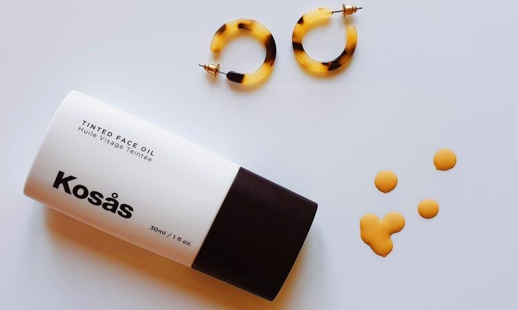 Reviewing Kosas Tinted Face Oil