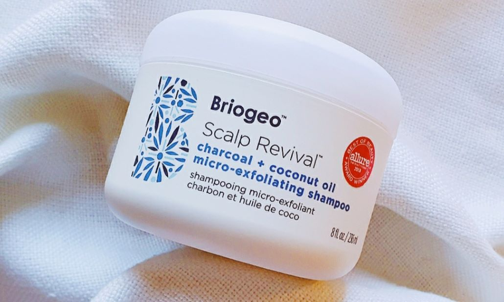 A review of Briogeo's Scalp Revival Charcoal + Coconut Oil Micro-Exfoliating Shampoo